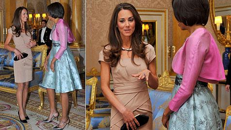 Prinz William und Kate treffen Barack und Michelle Obama (Bild: AP)
