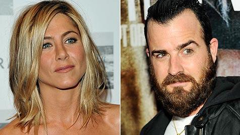 Aniston und Theroux sind wirklich ein Paar (Bild: AP)