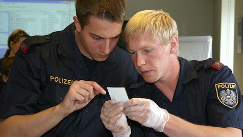 Junge Polizeischüler punkten mit Herz und Köpfchen (Bild: Christoph Gantner)