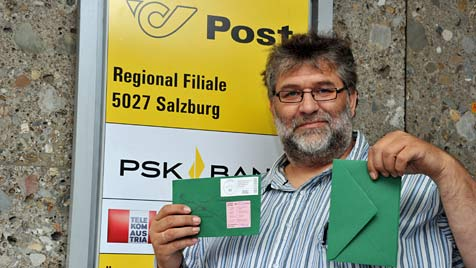 Für gleichen Brief einmal 62, einmal 90 Cent bezahlt (Bild: Wolfgang Weber)