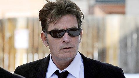 """Lowe: """"Wenn Sheen nicht stirbt, wird er Comeback feiern"""" (Bild: EPA)"""