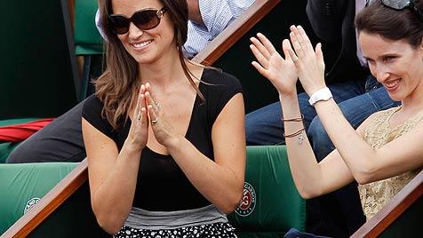 Viel G'riss um die Schwester der künftigen Königin (Bild: AP)