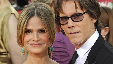 Bacon nach 23 Ehejahren noch mit Sedgwick glücklich (Bild: EPA)