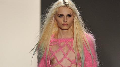 Model Andrej Pejic auf der Liste der erotischsten Frauen (Bild: AP)