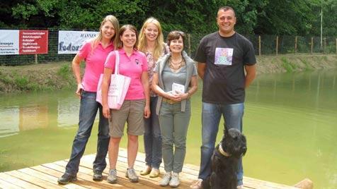 """Eine Initiative schafft """"Mehr Platz für Hunde"""" (Bild: Verein Tierliebe - Initiative """"Mehr Platz für Hunde"""")"""