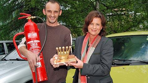 """""""Goldene Krone"""" für Angestellte, die Feuer bekämpften (Bild: Konrad Rauscher)"""