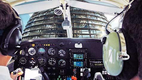 Wiener Taliban wollte Jet in Reichstag steuern