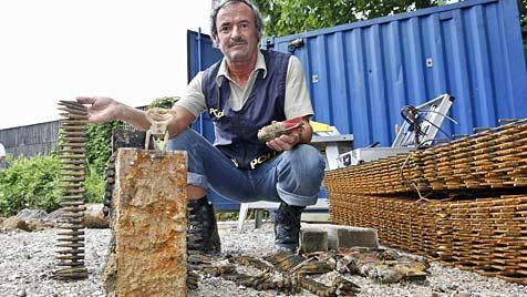 Mörsergranaten bei Bauarbeiten in Salzburg entdeckt (Bild: Markus Tschepp)
