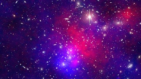 Riesiger Massen-Crash im Weltall rekonstruiert Riesiger_Massen-Crash_im_Weltall_rekonstruiert-4_Galaxien_beteiligt-Story-269048_476x268px_2_IjSS_1ypisXSA