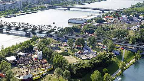 2,8 Mio. Besucher feierten am 28. Donauinselfest (Bild: APA/ANDREAS PESSENLEHNER)
