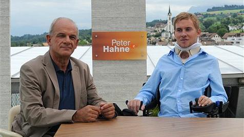 "Starker Samuel Koch: ""Ich bin noch weich gelandet"" (Bild: AP/ZDF/Michael Kramers)"