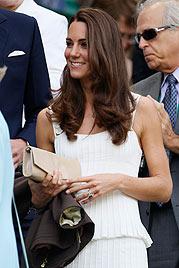 Kate verzaubert Wimbledon im weißen Kleid