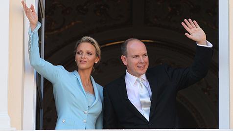 """""""Oui!"""" Fürst Albert und Charlene haben endlich geheiratet (Bild: AFP)"""