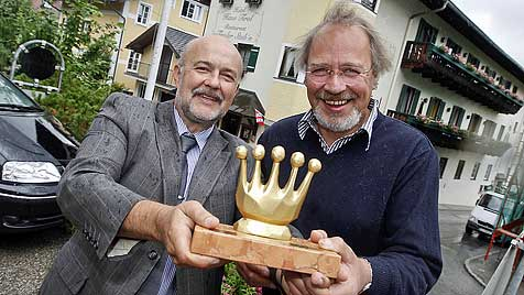 """Taucher gerettet: """"Goldene Krone"""" für Helfer in St. Gilgen (Bild: Markus Tschepp)"""