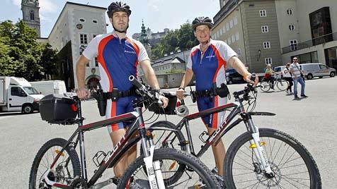 6 Polizisten-Duos fahren auf Rädern Streife in Salzburg (Bild: Markus Tschepp)
