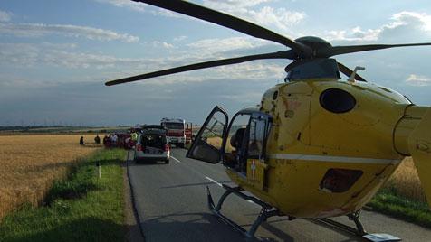 Schwangere und Kleinkind bei Crash in NÖ verletzt (Bild: ÖAMTC)