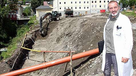 Explosionsgefahr wegen Gas-Leck bei Spital Schwarzach (Bild: Andreas Kreuzhuber)