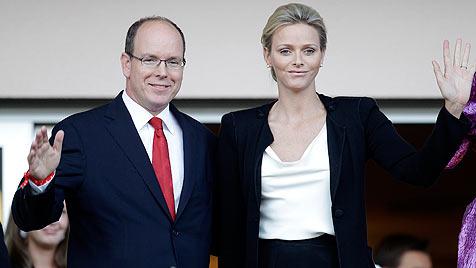 """Fürstin Charlene laut ihrem Bruder """"sehr glücklich"""" (Bild: EPA)"""