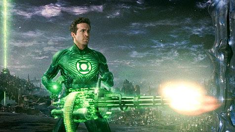 """""""Green Lantern"""" - Ryan Reynolds leuchtet gr�n (Bild: Warner Bros.)"""
