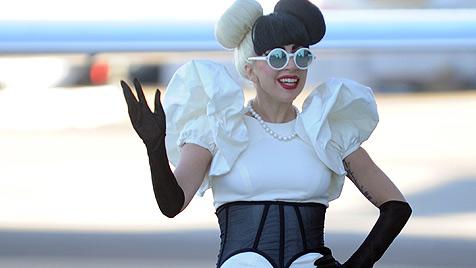 Lady Gaga träumt vom Ehering und Brautjungfern (Bild: EPA)