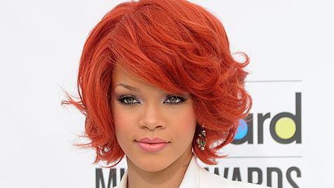 Rihanna gibt 16.000 Euro pro Woche für den Friseur aus (Bild: AP)