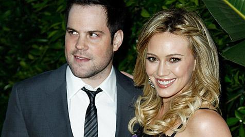 Bei US-Star Hilary Duff ist das erste Kind unterwegs (Bild: AP)