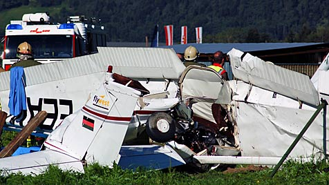 Nach Flugunfall in Sbg: Offenbar kein technischer Defekt (Bild: APA/Franz Neumayer)