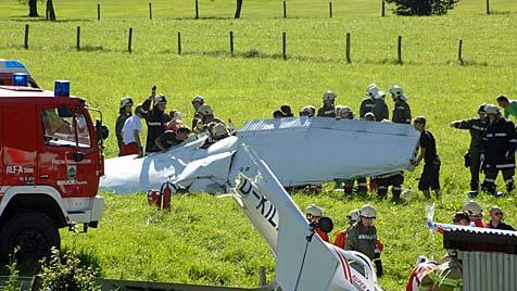 Nach Flugunfall in Sbg: Offenbar kein technischer Defekt (Bild: APA/Richard Ronacher)