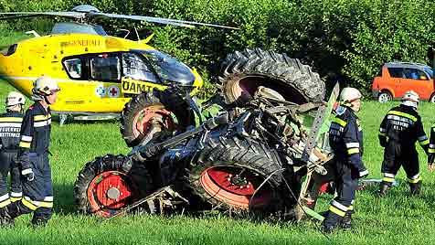 81-Jähriger bei Traktorunfall in NÖ schwer verletzt (Bild: WWW.FOTOPLUTSCH.AT)