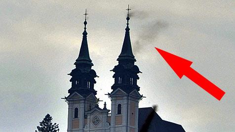 Flug-Ameisen lösen Brandalarm in Linzer Kirche aus (Bild: Horst Einöder)