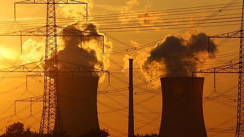 Gesetzliche Finte soll Atomausstieg in EU sabotieren (Bild: dpa/Daniel Karmann)