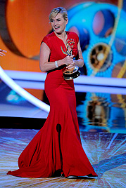 Preise für Winslet und McCarthy ++ Sheen einmal nett (Bild: AP)