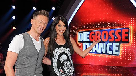 ORF und Kandidat bedauern Wessel-Lied in TV-Show (Bild: ORF/Ali Schafler)