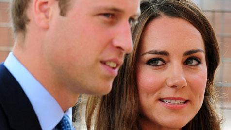 Kate arbeitet sich sorgsam in royale Pflichten ein (Bild: AP)