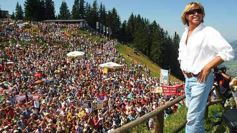 Hansi Hinterseer sagt Fanwanderung in Kitzbühel ab (Bild: Christopf Birbaumer)