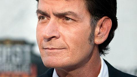 """Skandalstar Charlie Sheen: """"Bin nicht mehr verrückt"""" (Bild: AP)"""
