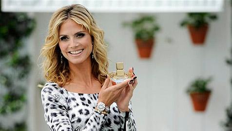 """Heidi Klum stellt in Hollywood ihr neues Parfüm """"Shine"""" vor (Bild: AP)"""