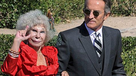 Nacktfotoskandal bei Spaniens Hochzeit des Jahres (Bild: EPA)