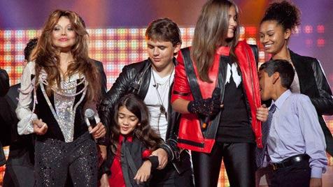 Bewegender Auftritt der Jackson-Kinder bei Tributshow (Bild: AP)
