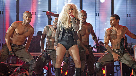 Aguilera erregt mit Moppel-Mode-Fauxpas Aufsehen (Bild: AP)