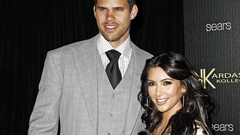 Kim Kardashian soll Heiratsantrag inszeniert haben (Bild: AP)