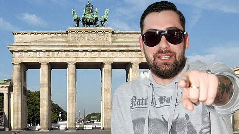 Leser fordern: Rüpelrapper Sido zurück nach Berlin! (Bild: thinkstockphotos.de, ORF/MILENKO BADZIC)