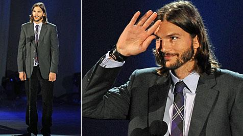 Kutcher ohne Demi Moore bei Clintons Geburtstagsparty (Bild: AFP)