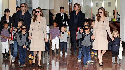 Angelina und Brad mit Rasselbande unterwegs in Tokio (Bild: AFP)