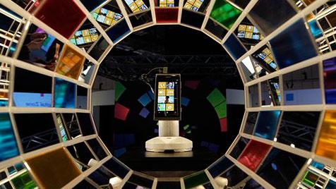 Neue Windows-Phones von Nokia in der 1. H�lfte 2012 (Bild: AP)