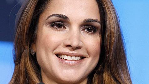Auch Königin Rania von Jordanien muss jetzt sparen (Bild: EPA)