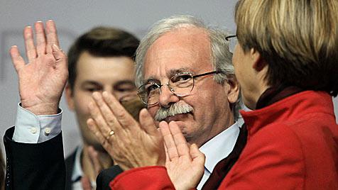 SP-Parteitag in OÖ: Josef Ackerl bleibt Vorsitzender (Bild: APA/RUDOLF BRANDSTÄTTER/RUBRA)