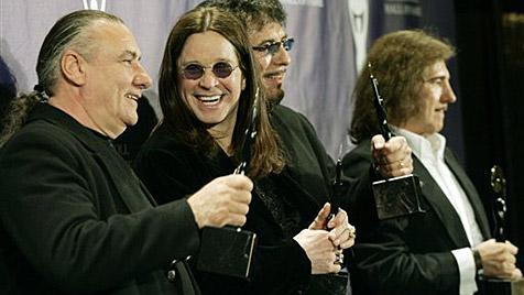 Black Sabbath kommen 2012 in Urbesetzung (Bild: AP)