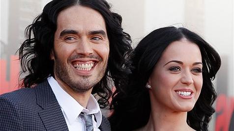 Katy Perry und ihr Mann lachen über Trennungsgerüchte (Bild: AP)