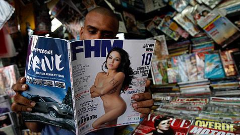"""Schauspielerin aus Pakistan verklagt """"FHM"""" wegen Foto (Bild: AP)"""